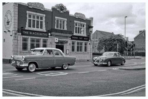 Ford Consul & Jaguar MkII